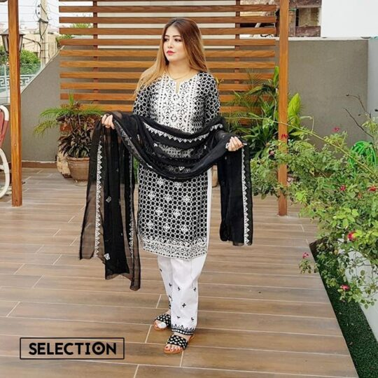 Black and White Linen Rotri Suit