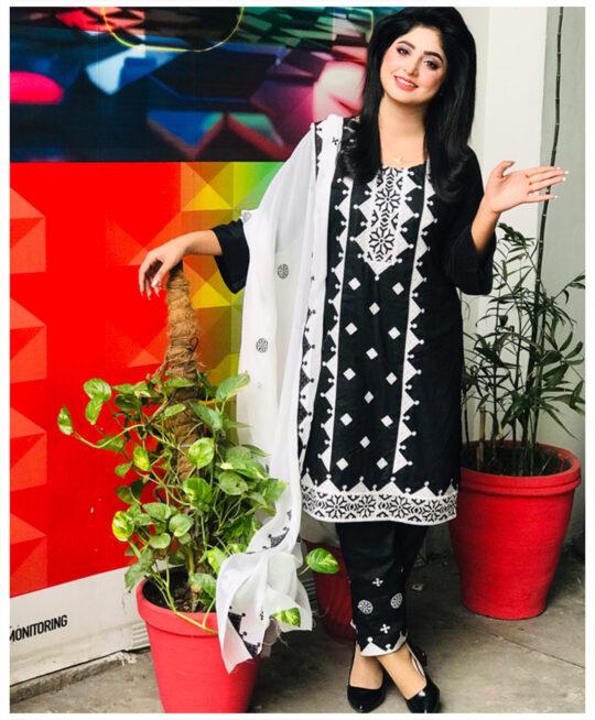 3 Pc Un-Stitched Linen Aari Work Suits With Chiffon Dupatta-SOS0035