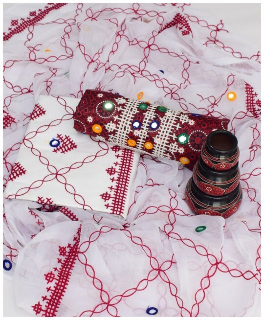 3 Pc Un-Stitched Lawn Ajrak Sindhi Aari Work Suit With Chiffon Dupatta NI1589D