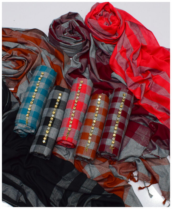 3 PCs Wool Winter Un-Stitched Suits - FC04A