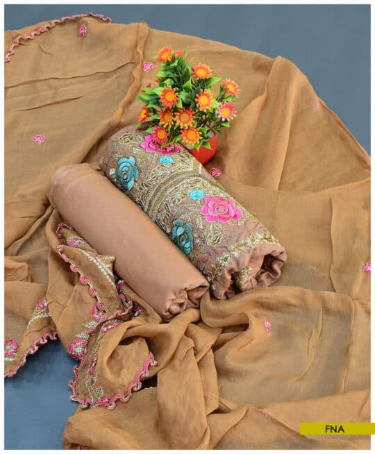 3 PCs Machine Embroidered Linen Suit with Chiffon Dupatta – FNA