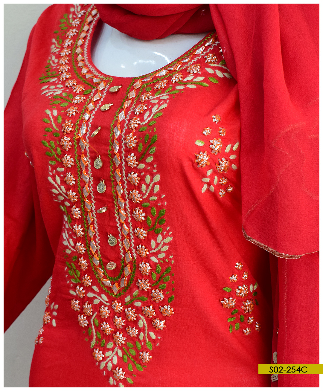 Hand Embroidered 3 PCs Lawn Gotta Work Suits With Chiffon Dupatta - S02-254C
