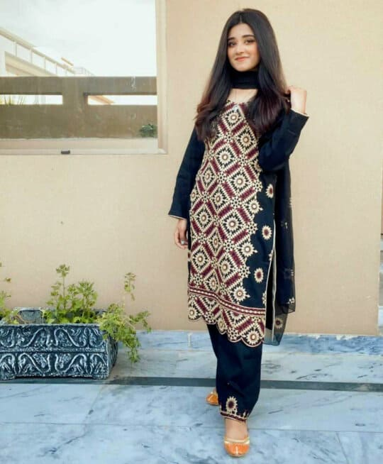 3 PC Cotton Lawn Machine Embroidered Suits With Chiffon Dupatta